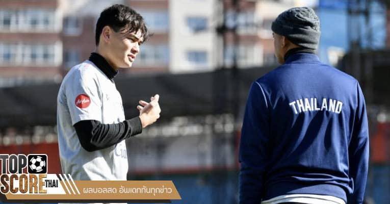 โจนาธาน ได้บอกว่าการสื่อสารกับนักเตะในทีมช้างศึก ได้อย่างสบาย